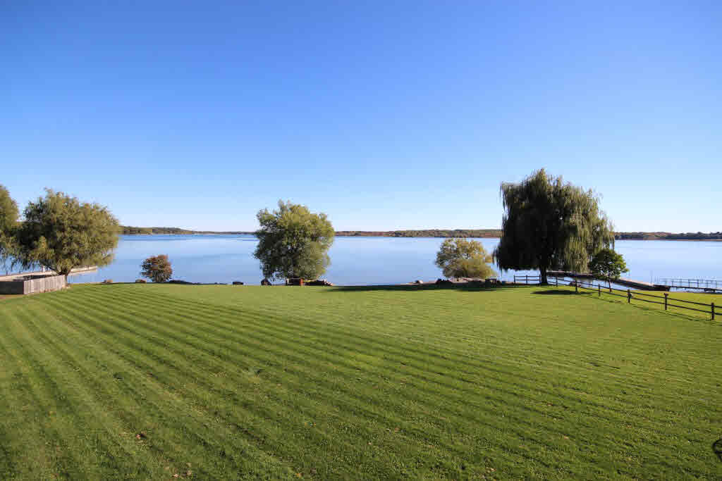 200 ISLAND VIEW Drive, Leeds & 1000 Islands Township, Ontario (ID K19000237)